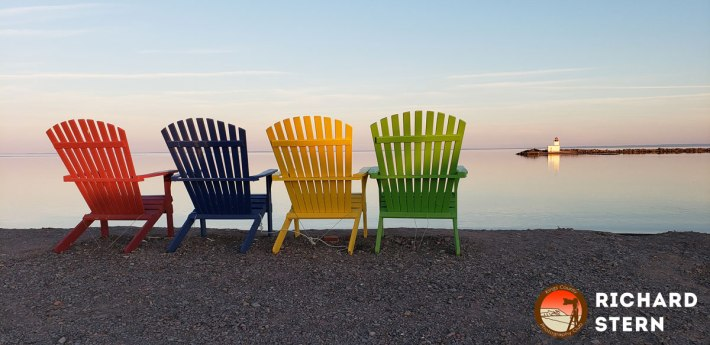SternChairs
